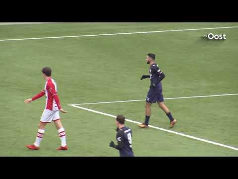 FC Twente met Mounir El Hamdaoui langs reserves FC Emmen