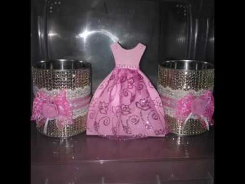 Decoracion sencilla 15 a os youtube for Arreglos de salon para quince anos