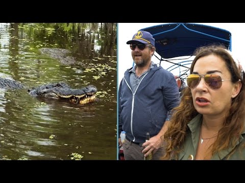 Savannah Buffett comes face-to-face with 13ft alligator from YouTube · Duration:  5 minutes 27 seconds