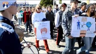 Protesto da Escola Willy Roos de Agudo