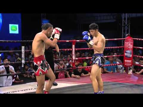 (SINGAPORE VS THAILAND) Max Muay Thai Ultimate 2016 (10 APRIL) Match 4 BRANDON VS PETCHSAU