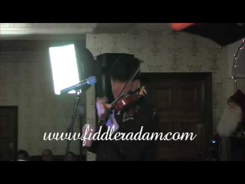 Fiddler Adam turkey in the straw
