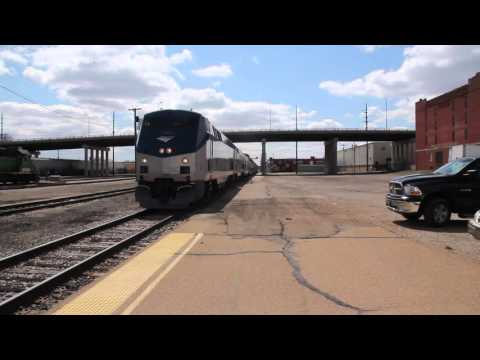 Wrecked Amtrak #4 (Southwest Chief) Movement Topeka, Kansas 3-20-2016