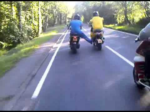 broken down gilera 172 getting pushed home by anuva 172s lol