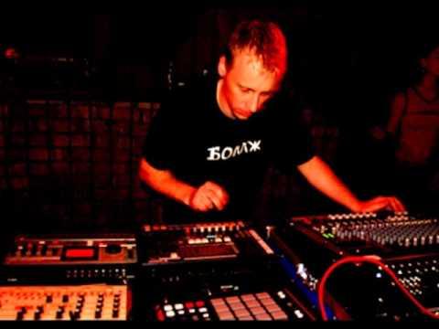 Stefan Küchenmeister live @ Sputnik Intensivstation 19.01.2002