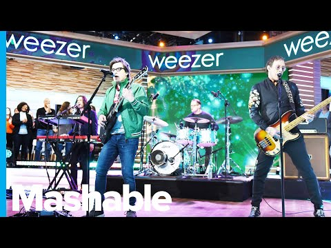 'Fortnite' Teams Up With Weezer and We're All For It Mp3