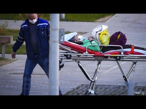 Download Aumentan los casos COVID en el Reino Unido y Rusia, e Italia vive protestas contra el pase sanitario