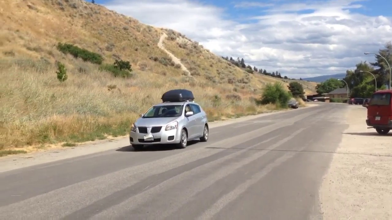 2009 Pontiac Vibe For Sale 2 Sets Of Tires Roof Rack Roof Box And More Youtube