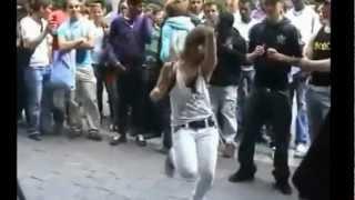 Repeat youtube video احلى رقص على مهرجان المكنة اوكا واورتيجا 2013 OKA 8% db