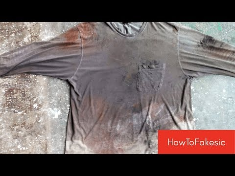 How to clean a T-shirt