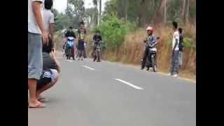 mio bore up 300cc vs satria 2tak 00cc race sesions02