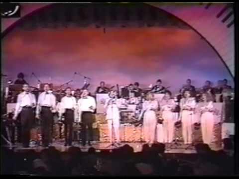 Amaury Jr. presents Ray Conniff (1990)