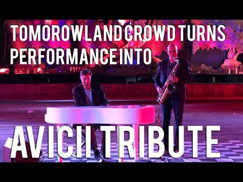 Tomorrowland 2018 Performance Turns Into Spontaneous Avicii Tribute