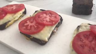 видео Горячие бутерброды с окороком, помидорами и яйцами