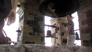 Repique en La Basílica de San Felipe Neri