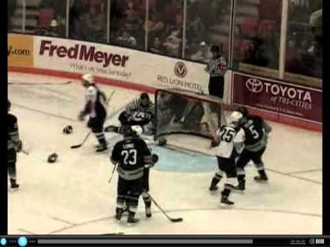Mitch Elliot vs Tyler Schmidt Jan 11, 2011 & Brend...