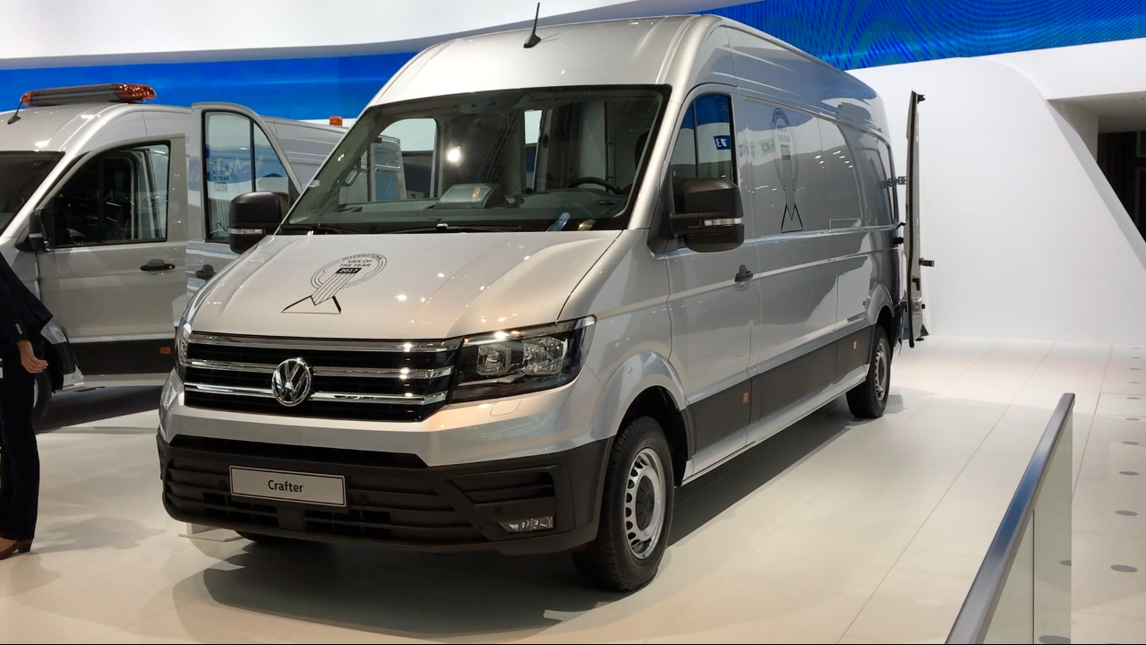 volkswagen crafter 2017 in detail review walkaround interior exterior youtube. Black Bedroom Furniture Sets. Home Design Ideas