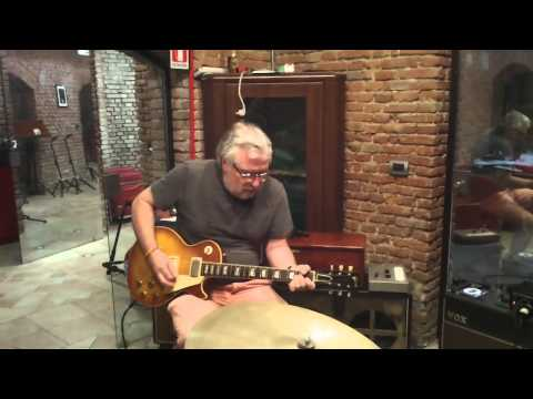 Demo by Frank Malugani Vintage Les Paul 59 owned by Mick Ralphs of Bad Company