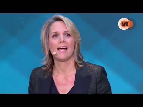 Marie CHEVAL, Directrice Exécutive Hypermarchés France Et Services Financiers De Carrefour