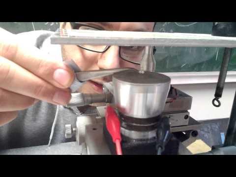 Acoustic levitation experiment 4