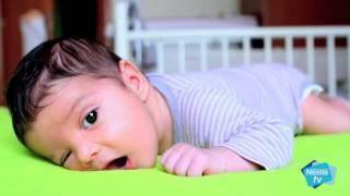 Desarrollo de tu bebé de 3 meses (etapa 0) - Nestlé y el desarrollo de tu bebé