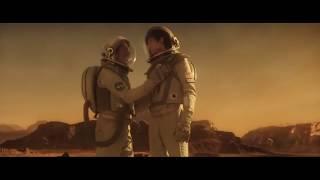 Космос между нами клип (The Space Between Us Clip)