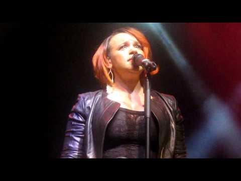 Faith Evans - True Love (Live in London 2010)