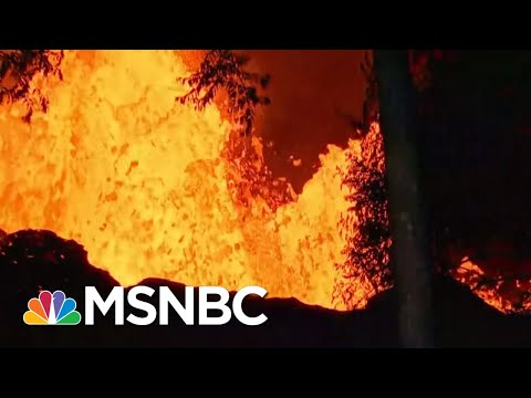 Toxic Volcanic Cloud Poses New Threat For Hawaii Residents | The 11th Hour | MSNBC