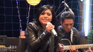 """Dheandra Unplugged TVRI """"Selalu Mengalah - Seventeen"""" Cover"""