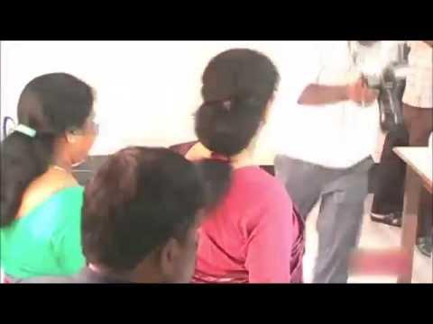 Watch : how jayalalitha treated shashikala