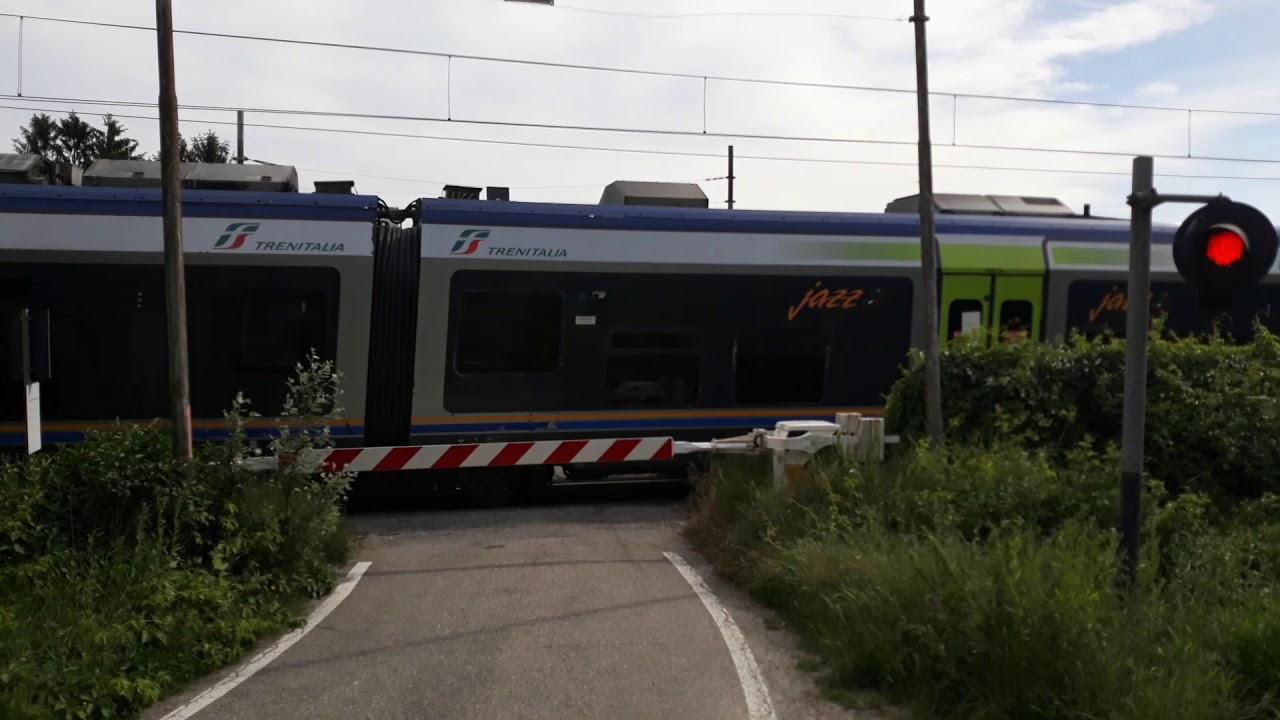 Passaggio a livello Nizza Monferrato (AT) Strada Vecchia d'Asti 1 - Level crossing