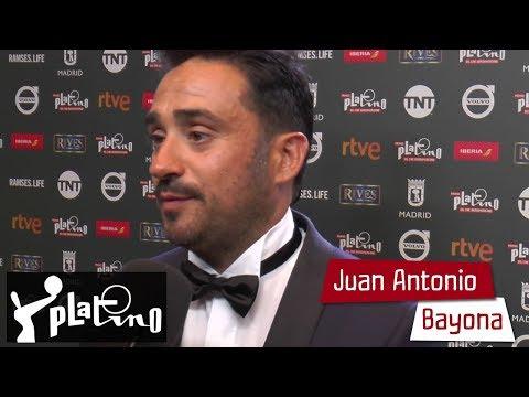 Premios PLATINO 2017 – Juan Antonio Bayona en el photocall de ganadores