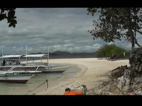 Bangas waiting for tourists at Banana island , Calamianes island group, west Philippines