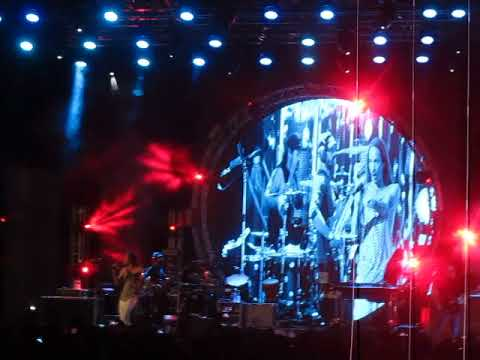 Incubus - Talk Shows on Mute (Live at VH1 Supersonic 2018)
