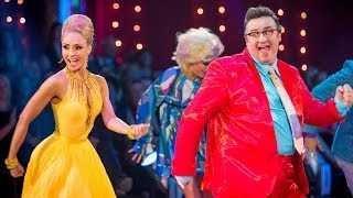 Mark Benton & Iveta dance the Jive to