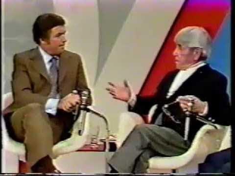 Moe Howard On The Mike Douglas Show 1973