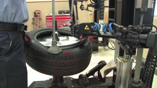 John Bean ATC 900 Tire Changer - Tire installation
