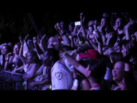 Concert Crowd #36 - Free Stock Footage - Frontman Media