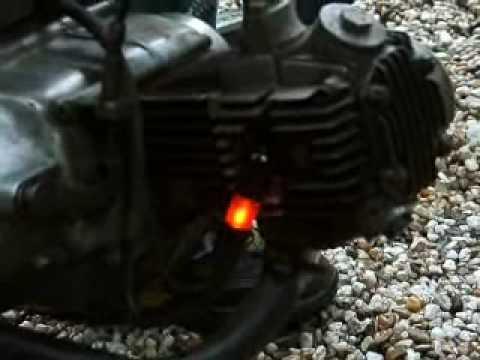 Fancy blinking spark plug - YouTube