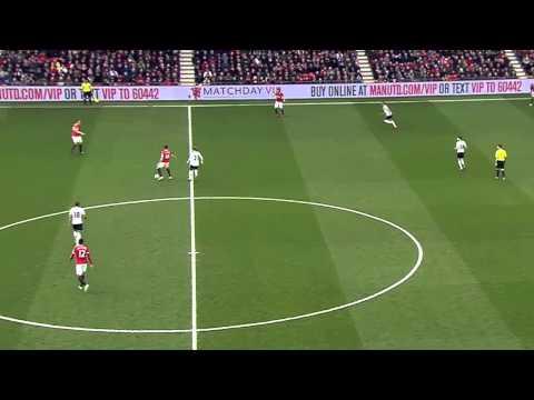 Michael Carrick vs Tottenham Hotspur - 15 Mar 2015