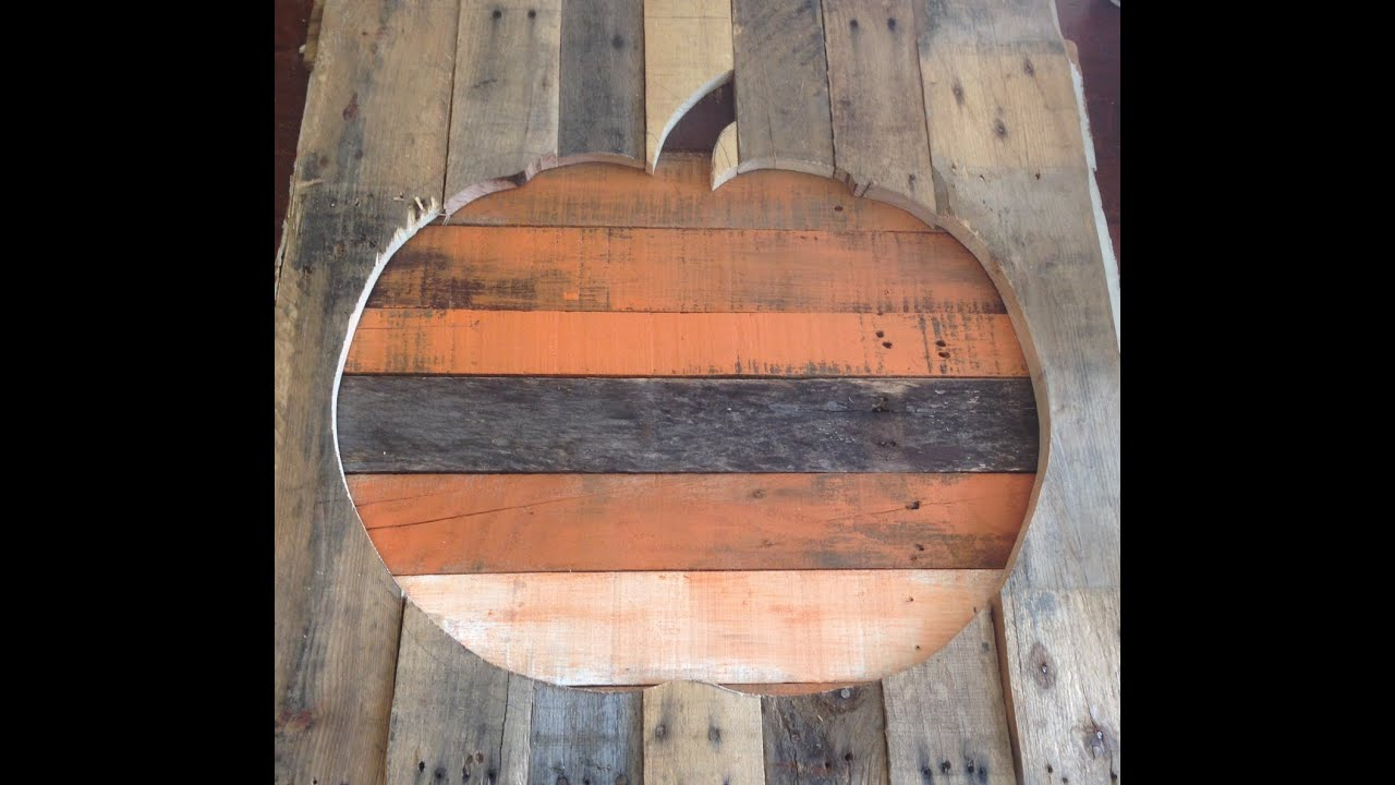 pallet wood pumpkin fall halloween decor decoration shabby