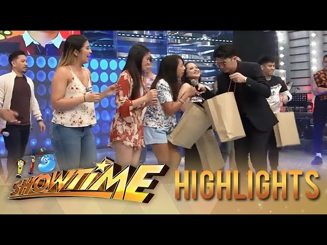 It's Showtime: Birthday Boy Vhong give gifts to eight madlang people