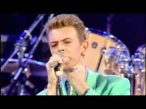 David Bowie - Heroes - Live At Freddie Mercury Tribute 1992 [HD]