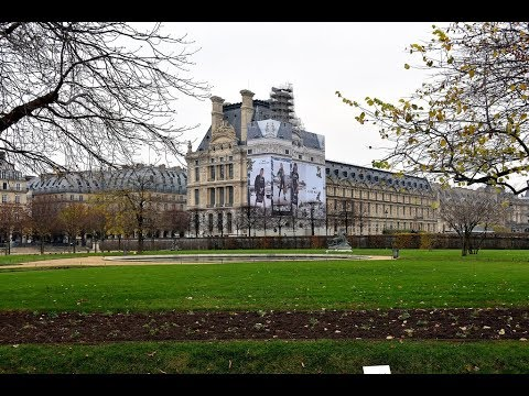 Places to see in ( Paris - France ) Rue Saint Honore