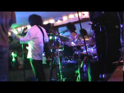 Grab Brothers Band Rumrunners may 31 2014 set 1