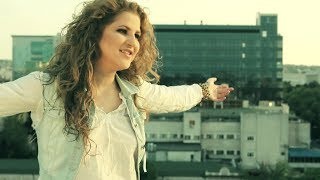 Repeat youtube video DARA feat. Carla's Dreams - Влюблены (Official Music Video)
