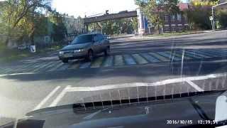 Красивый разворот на перекрестке Ул. Фрунзе Витебское шоссе.