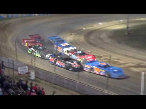 Late Model Heat Race #3 at Crystal Motor Speedway, Michigan, on 09-16-2017!