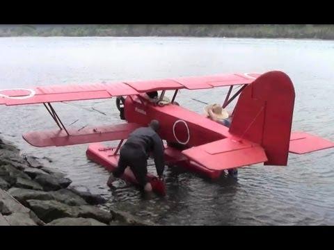 超巨大ラジコン赤とんぼの離陸事故1 RC super giant seaplane 'Red dragonfly' failed to take off 1