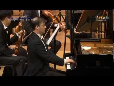 Beethoven Piano Concerto No. 5 'Emperor', Aviram Reichert (piano)